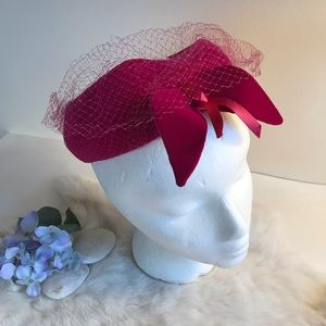 Vintage 1950s Pink Velvet Hat with Bow and Netting